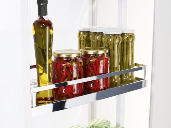 Wysuwane kosze do szafek kuchennych wysokich