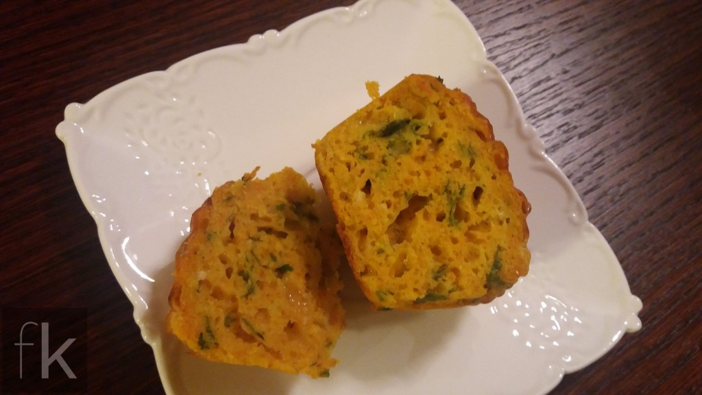 Muffiny z marchewką serem ziołami