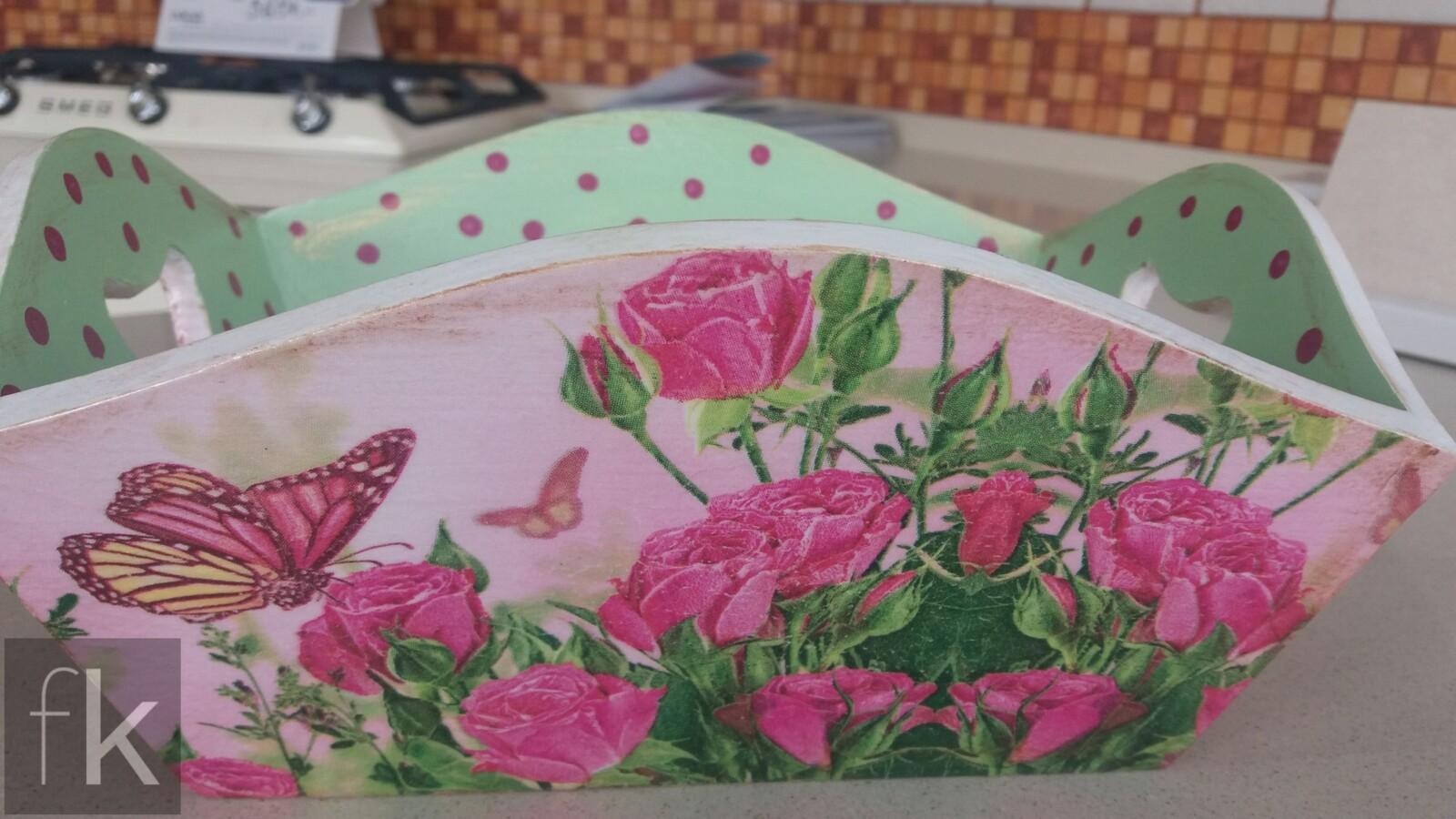 Pojemnik decoupage kwiaty róże