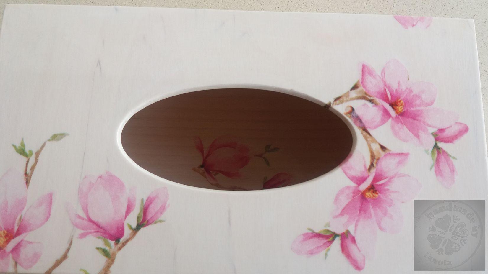 Pudełko białe magnolia